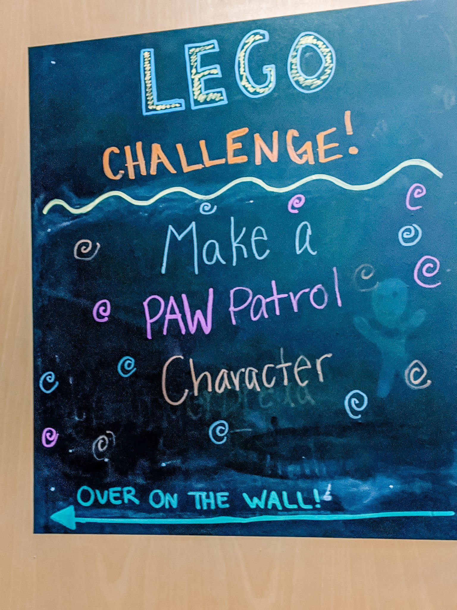 Sign at museum for Lego challenge