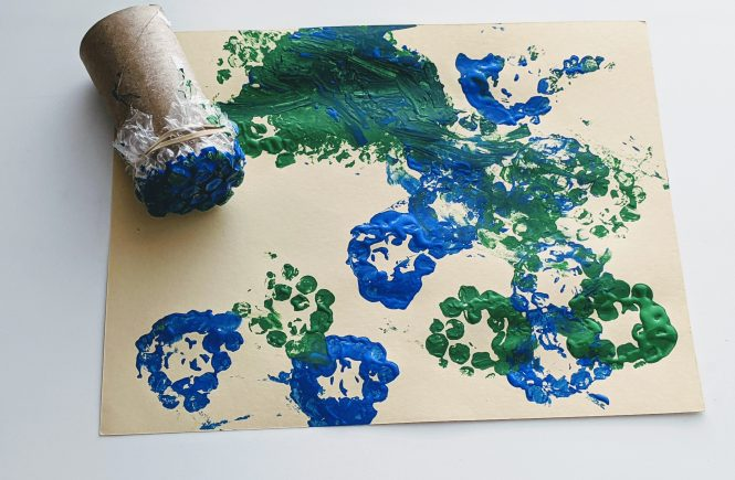 bubble wrap stamp art for kids
