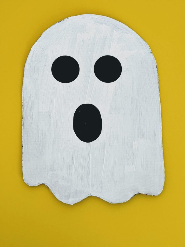 easy cardboard ghost craft for Halloween